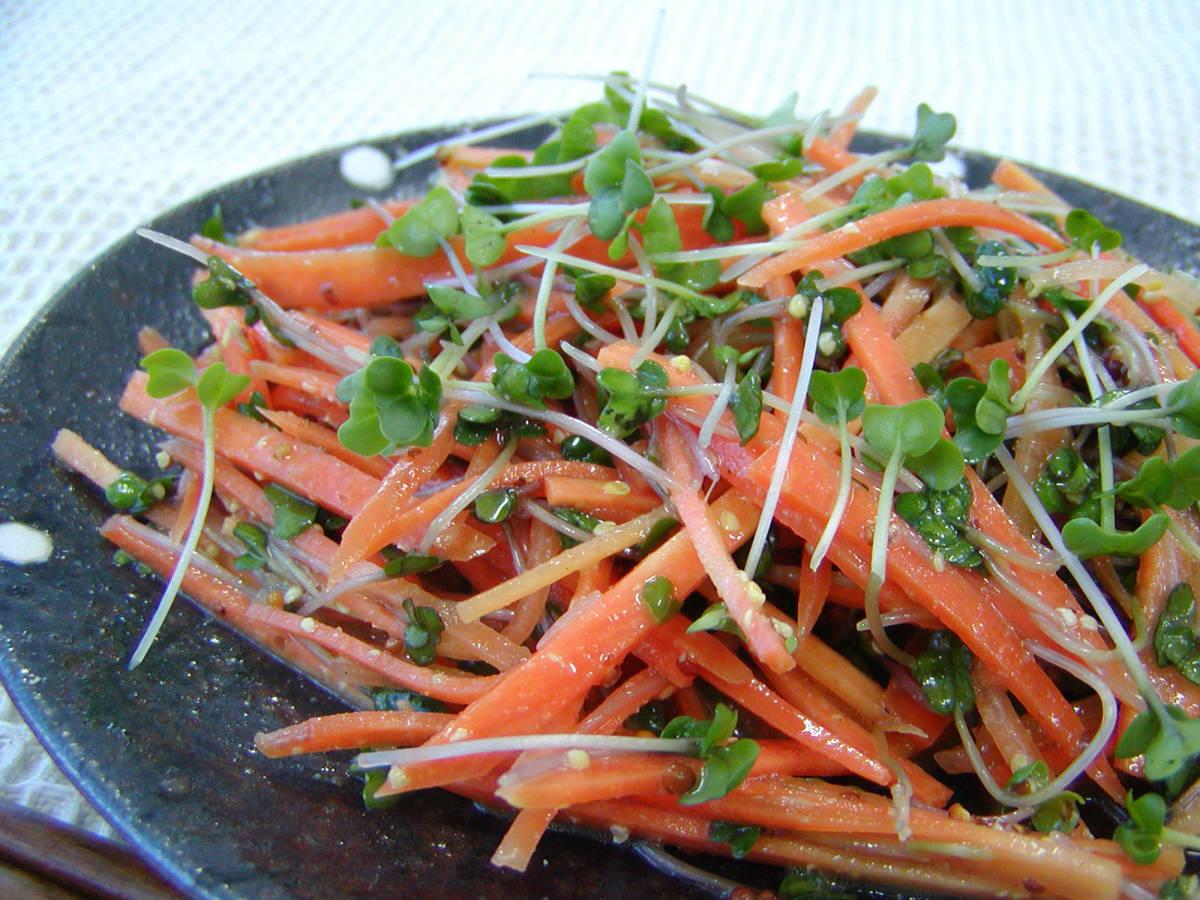 ブロッコリー サラダ