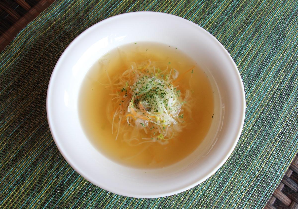 あったか簡単!たっぷり野菜のコンソメスープ